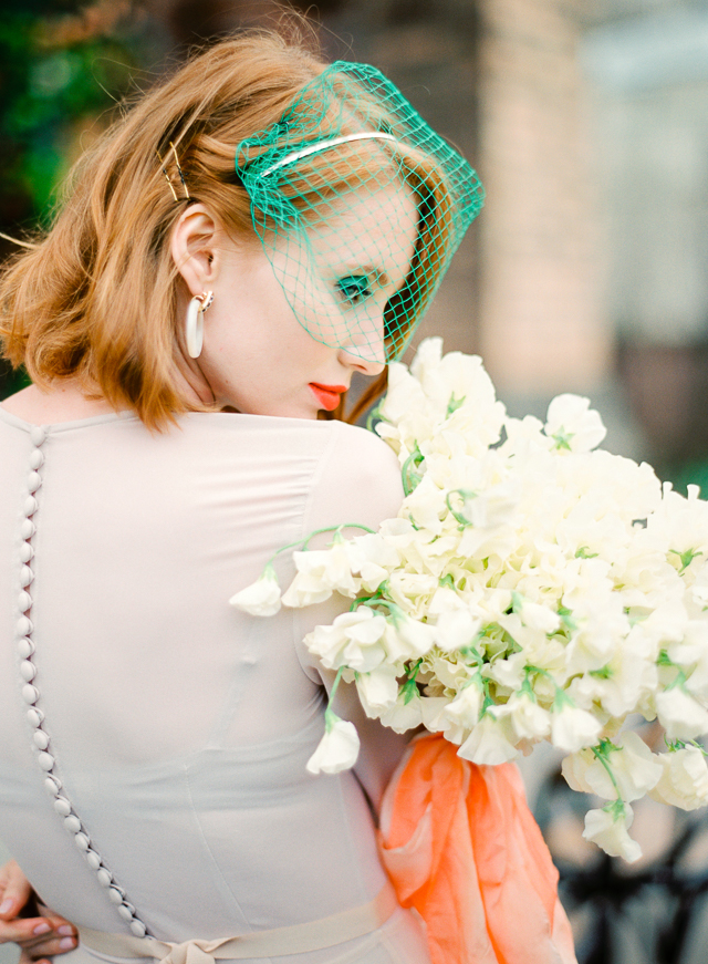 Green birdcage veil | Kir & Ira Photography