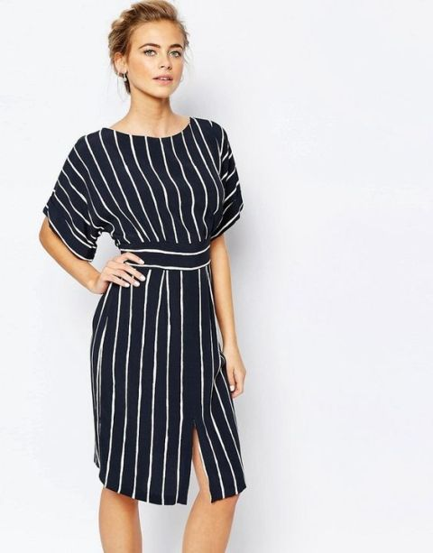 Striped knee-length kimono sleeve dress