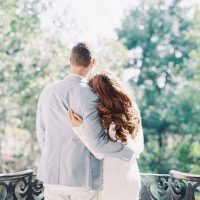 Engagement photo idea - Melanie Gabrielle Photography