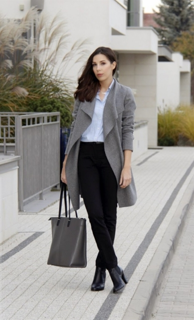 With shirt, gray coat, gray bag and boots