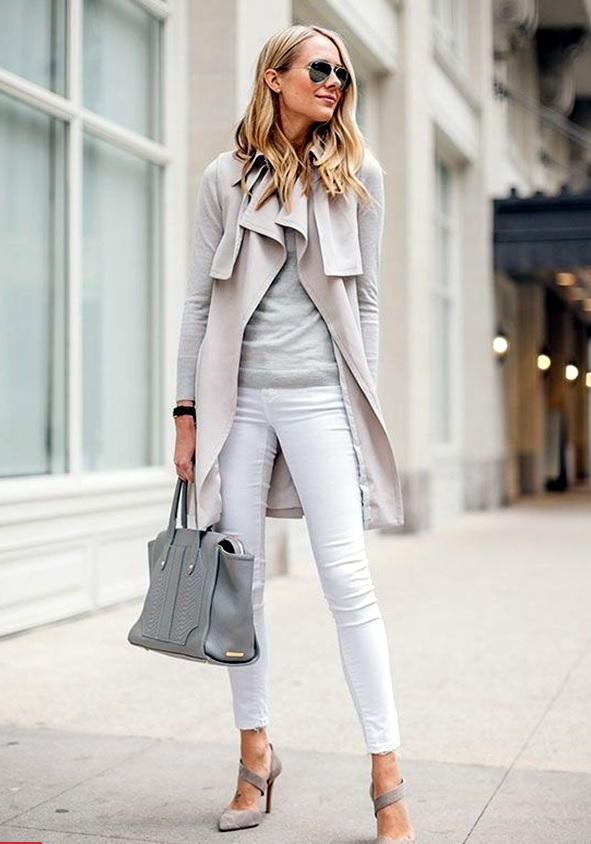 white jeans, a grey tee and oversized cardigan and shoes