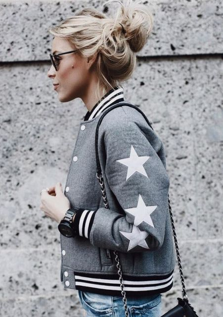 Trendy gray bomber jacket idea