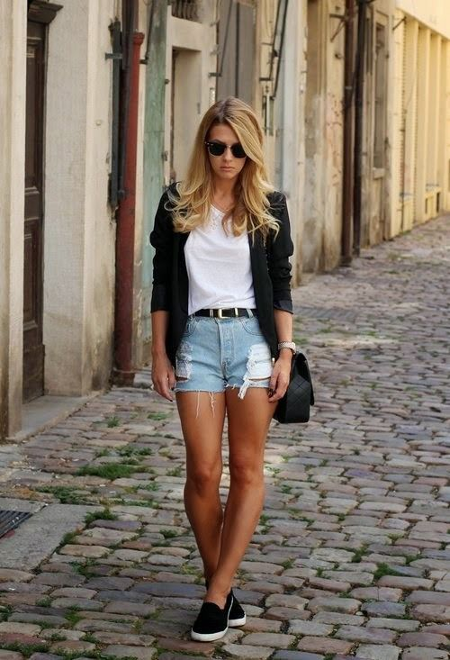 Cute Outfit Ideas To Wear With Slip-On Sneakers (8)