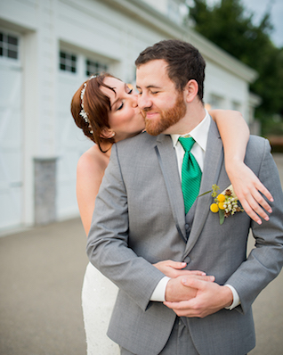 Fun wedding poses | Kelly Marie Photography