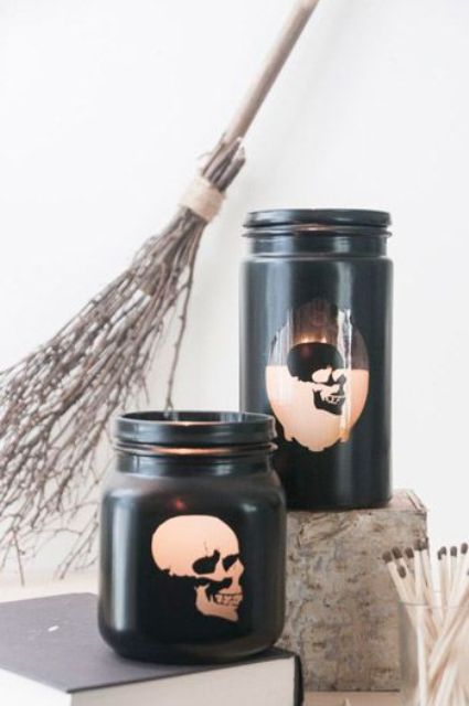 black mason jars with skull prints can be perfect Halloween lanterns