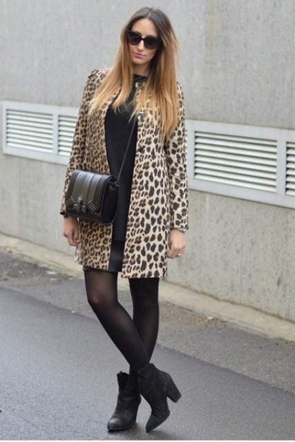 With loose shirt, mini skirt and crossbody bag