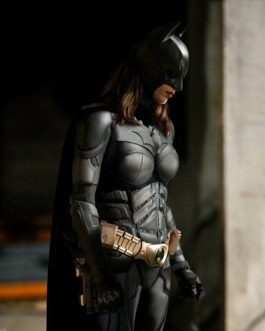 Batman girl look with a mask