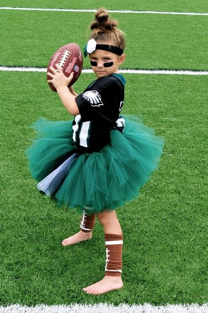 football player costume is a fun and easy to DIY idea