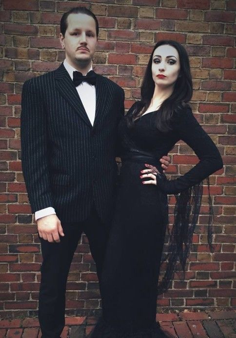 Morticia and Gomez Addams couple costume is Halloween classics