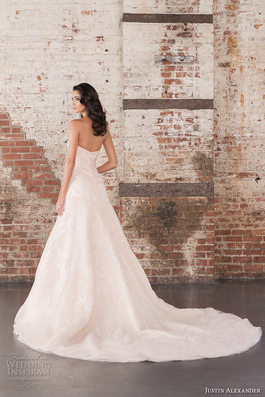 justin alexander spring 2017 bridal strapless sweetheart neckline heavily embellished bodice beautiful classic a line wedding dress chapel train (9851) bv