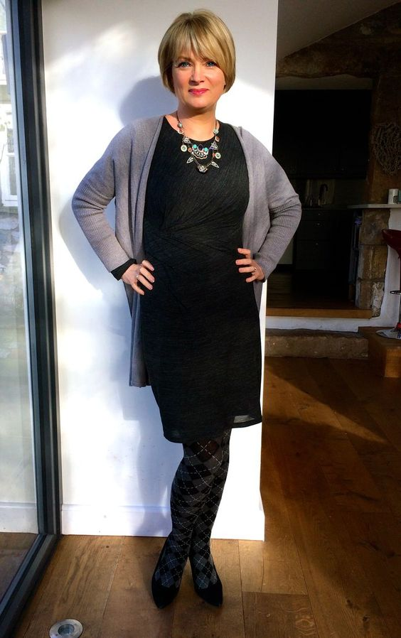 Petite Outfits for Short Women (3)