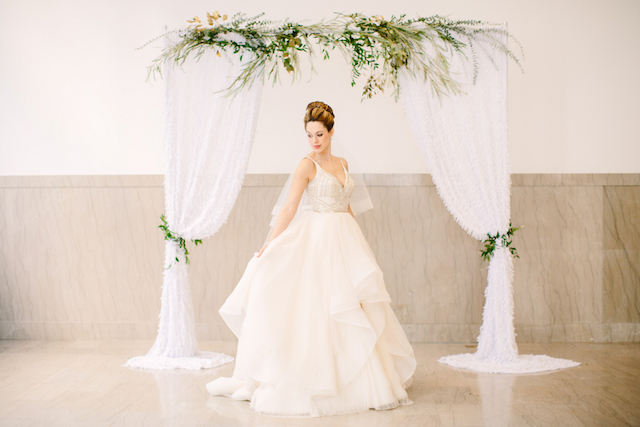 Indoor, simple, chic wedding ceremony arbor | Sarah Pudlo & Co