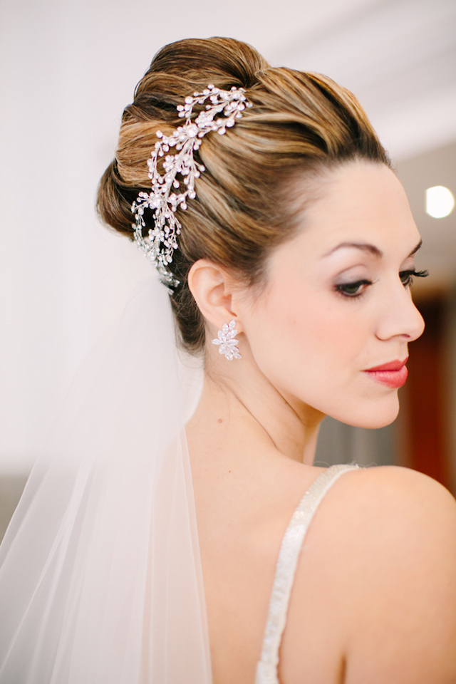 High bun with veil | Sarah Pudlo & Co