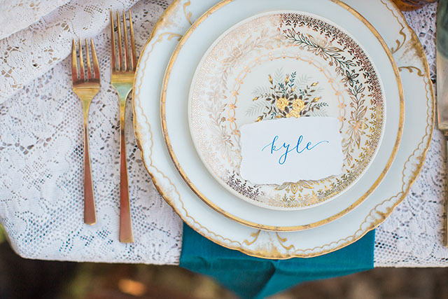 Vintage plates with gold patterns | Ashley Burns Photography
