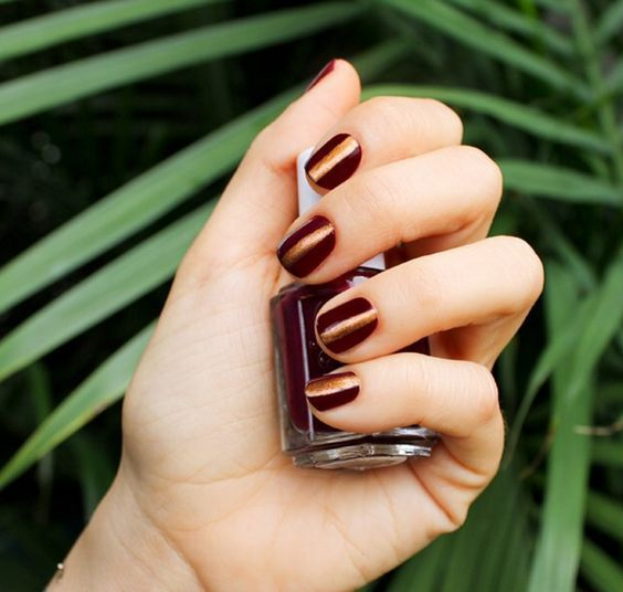 dark copper manicure