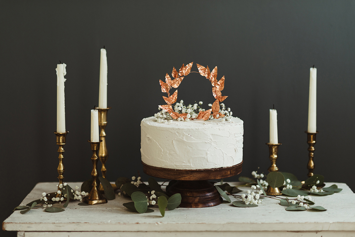 DIY Copper Leaves Cake Topper - http://ruffledblog.com/diy-copper-leaves-cake-topper/