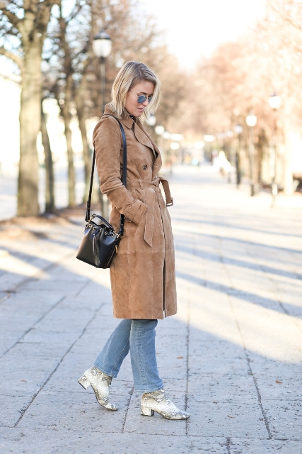 With light shade boots and mini bag