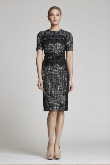 Knee-length dress with lace decor