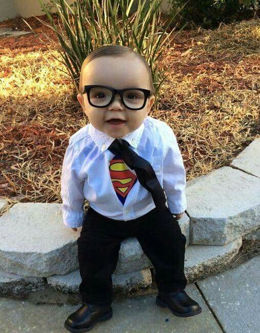 make your boy feel a superhero with a Superman costume