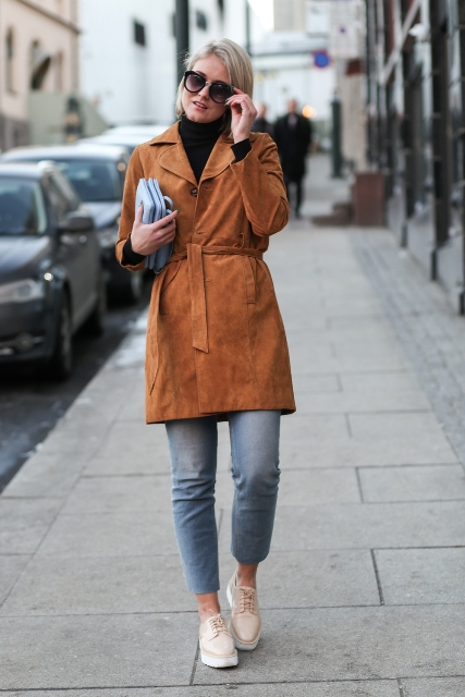 With cropped pants and platform shoes