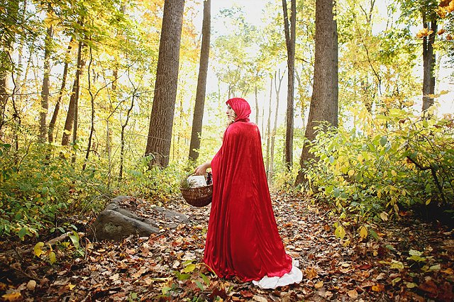 Little Red Riding Hood Wedding | SYPhotography
