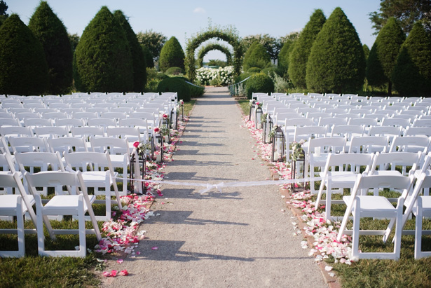 Outdoor wedding aisle decor - Justin Wright Photography