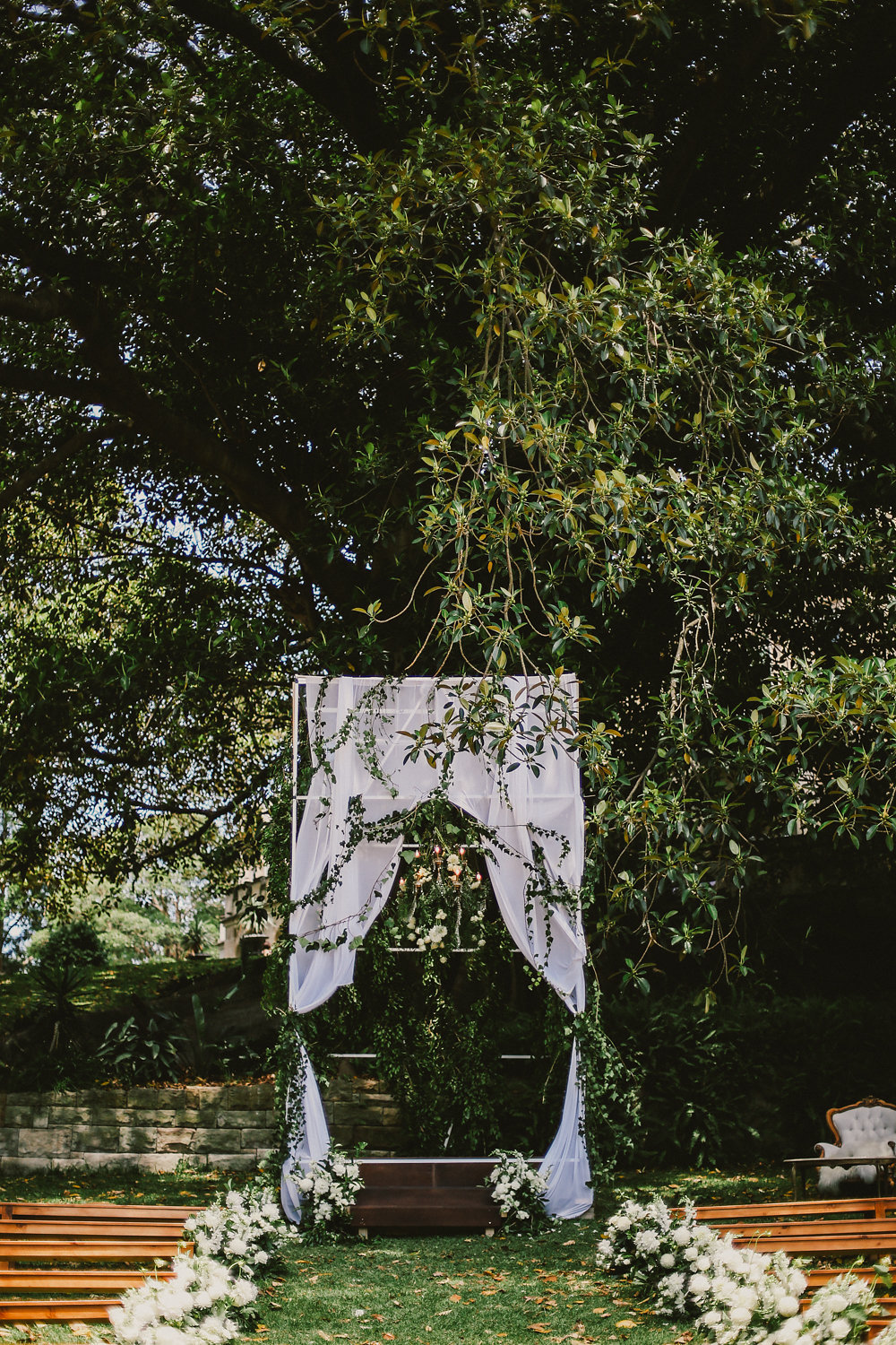 garden wedding ceremony - photo by Lara Hotz http://ruffledblog.com/secret-garden-inspired-australian-wedding