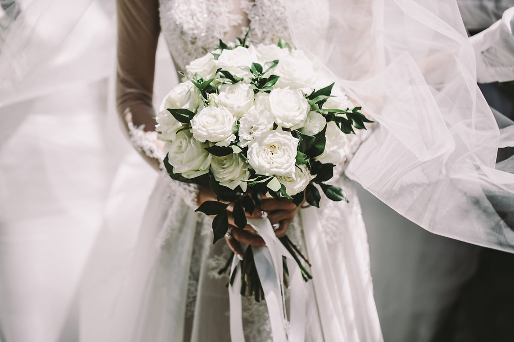 all white bouquet - photo by Lara Hotz http://ruffledblog.com/secret-garden-inspired-australian-wedding