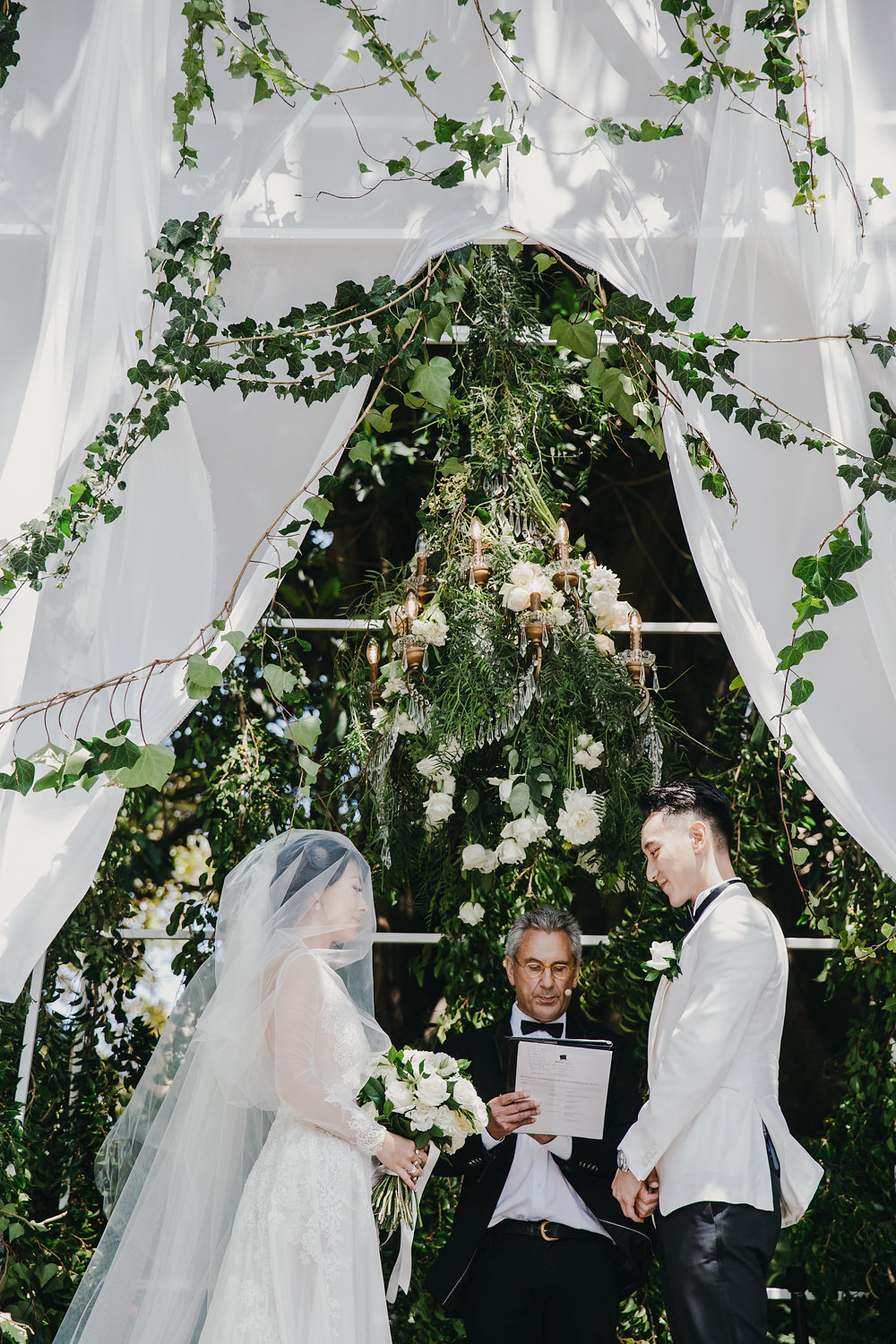 secret garden wedding ceremony - photo by Lara Hotz http://ruffledblog.com/secret-garden-inspired-australian-wedding
