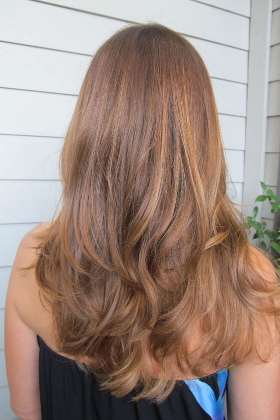 caramel honey hair is very popular for the fall