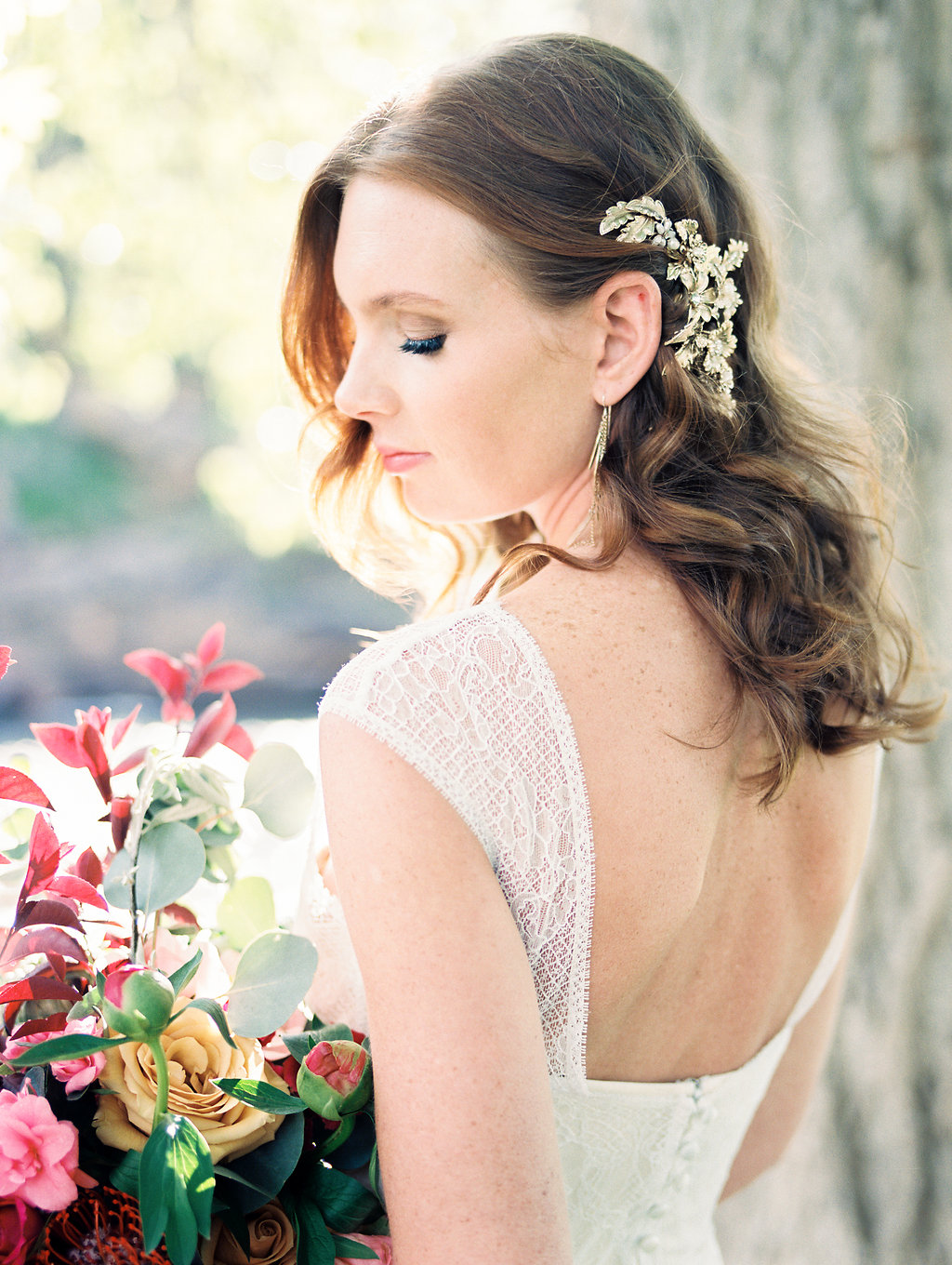 bridal lace and hair accessories - photo by Rachel Havel http://ruffledblog.com/change-of-season-wedding-inspiration-with-earth-tones