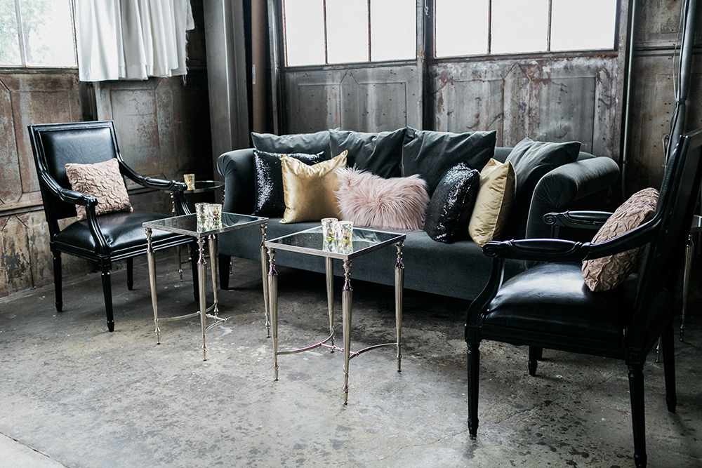 reception lounge area - photo by Alexis June Weddings http://ruffledblog.com/industrial-glam-wedding-inspiration