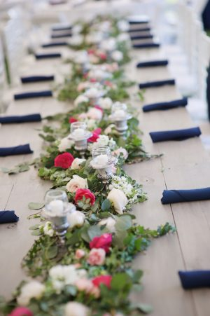 Garland wedding centerpiece - Justin Wright Photography