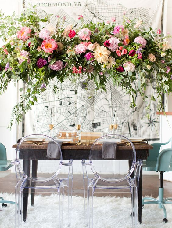 lush peony chandelier for the sweetheart table
