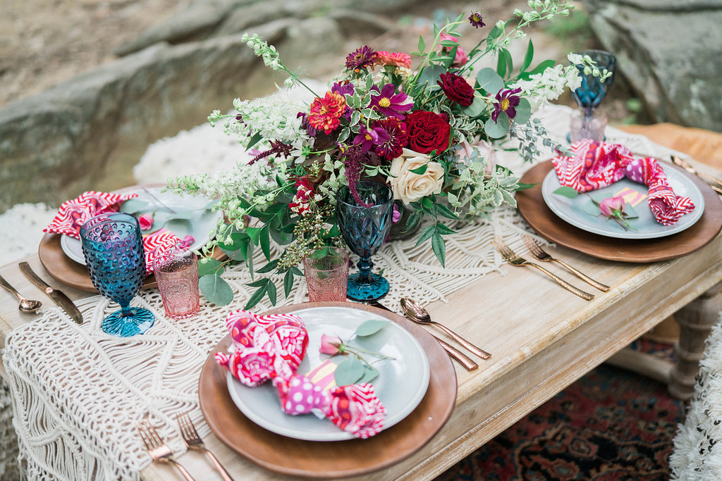 tablescape - http://ruffledblog.com/nomadic-cliffside-elopement-inspiration