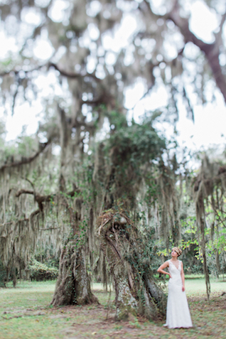 Spanish Moss themed Florida Wedding | Flora + Fauna Photography