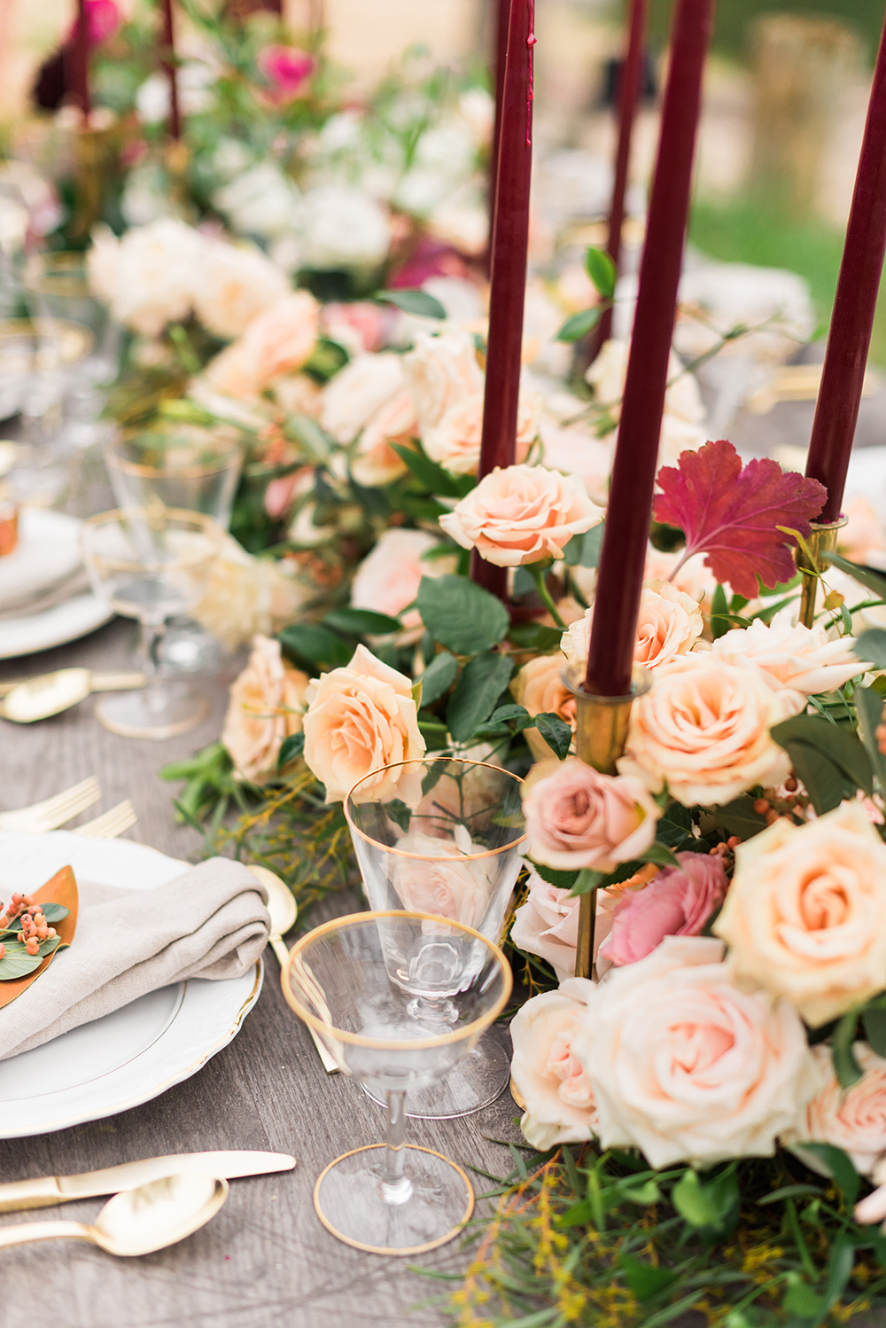 rose floral table runner - photo by Christa Breaugh Photography http://ruffledblog.com/early-fall-wedding-ideas