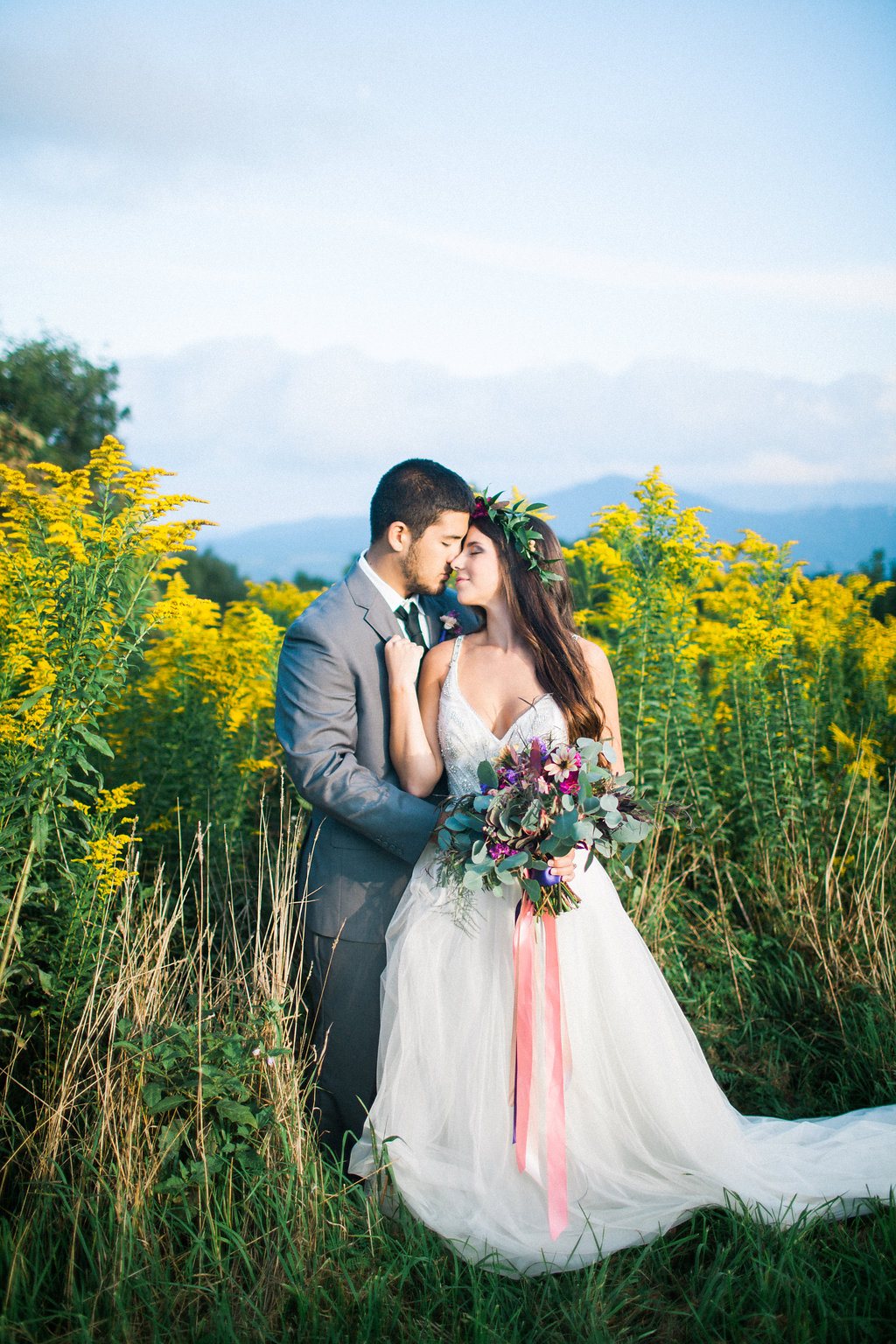 wedding photography - photo by Elizabeth Marie Photos http://ruffledblog.com/v