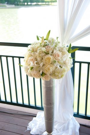 White wedding flowers - Tamytha Cameron Photography