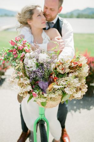 Wedding picture idea - Sage to Sea Film Photography