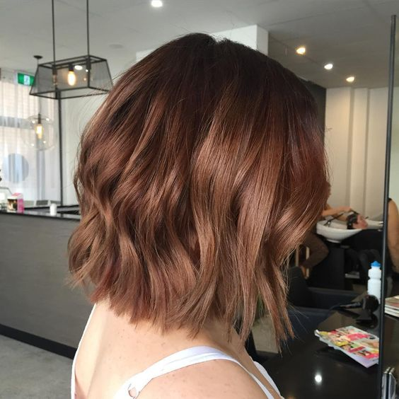 chestnut color looks amazing on short hair