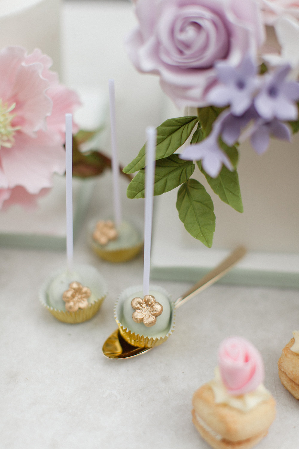 dessert pops - photo by Roberta Facchini Photography http://ruffledblog.com/herbarium-inspired-wedding-ideas