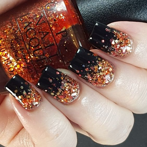 http://www.styleoholic.com/thanksgiving-nails-ideas/