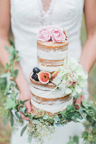 Naked cake with fig, topped with flowers | Flora + Fauna Photography