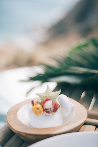 Tropical wedding details | Paulina Weddings Photography
