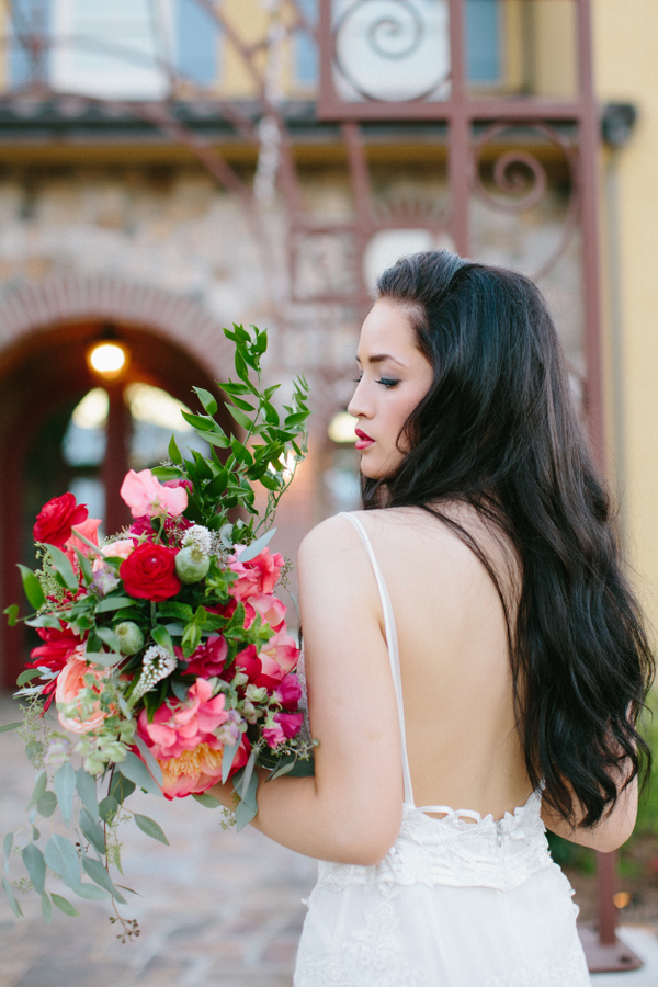 This is a modern wedding shoot with traditional Spanish touches and colorful details