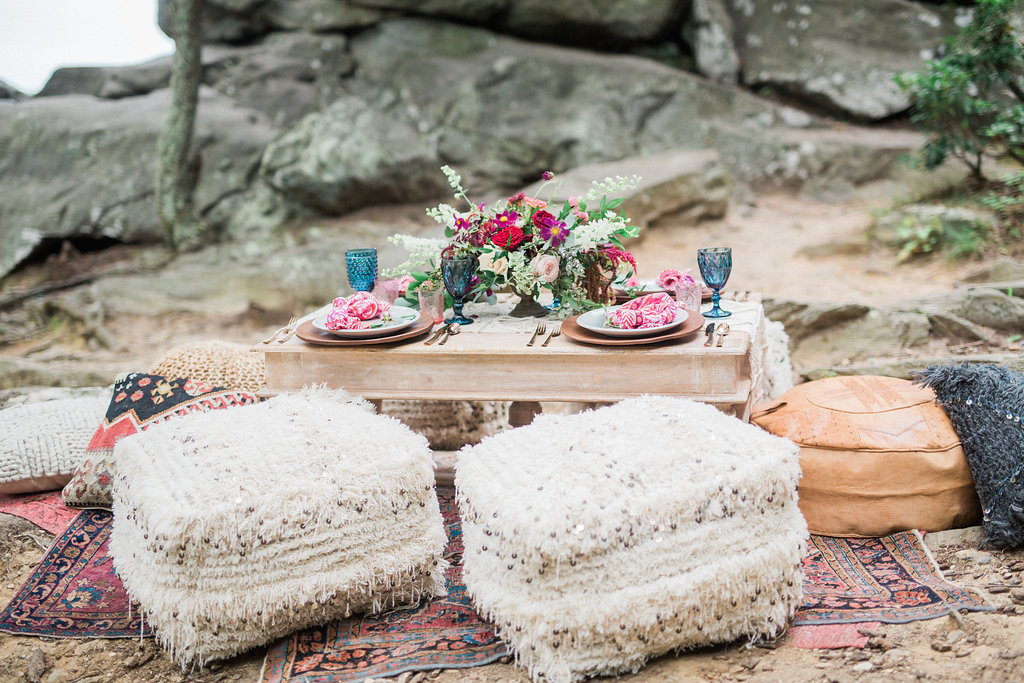bohemian wedding inspiration - http://ruffledblog.com/nomadic-cliffside-elopement-inspiration
