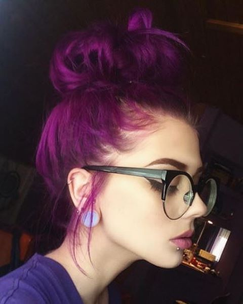 bold purple hair looks eye-catching and always makes a statement