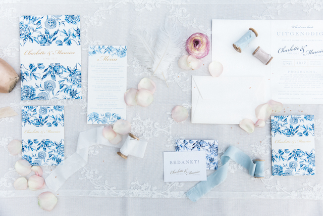Blue floral wedding invitations | Chymo & More