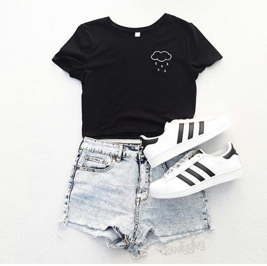 cool ways to wear outfits with adidas shoes (17)